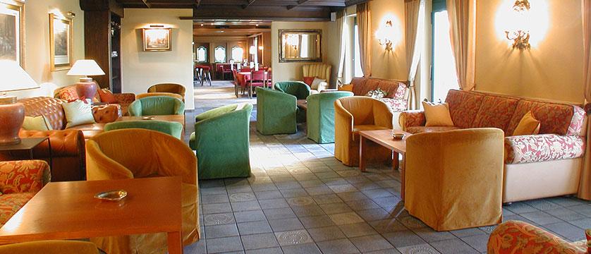 Austria_St-Johann_Sporthotel-Austria_Lounge2.jpg